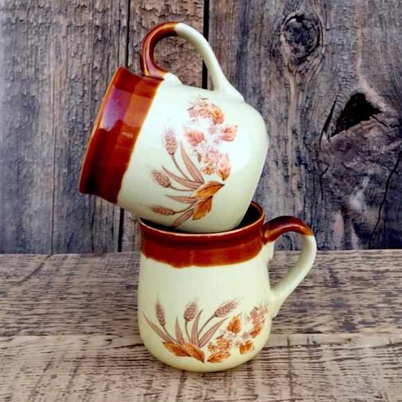 VTG Country Kitchen Wheat Stalk Ceramic Mug Set